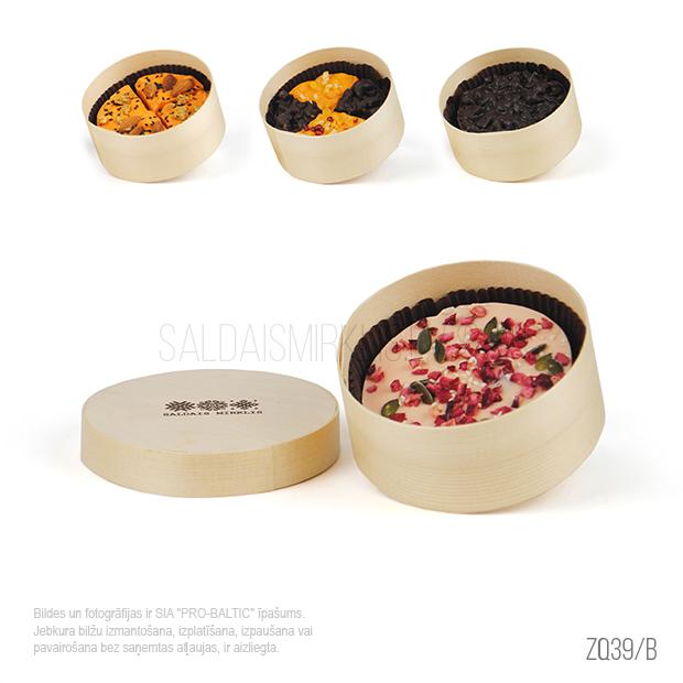 Mazā šokolādes tortīte koka kastītē ZQ39-B